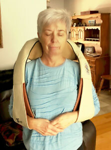 Massager: Neck & Shoulder Shiatsu Massager