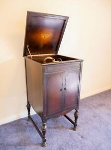 Rare antique RCA Victrola Consolette record player from 1926