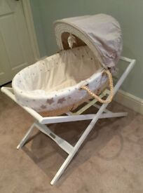 Millie & Boris Moses Basket & Deluxe Folding Stand