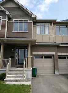 Room for rent - Kanata townhouse