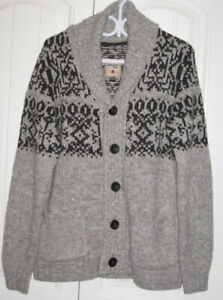 Ladies Triple Five Soul Sweater size L