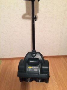 Electric snow shovel 8A Yardworks