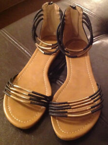 Women's Wanted Sandals
