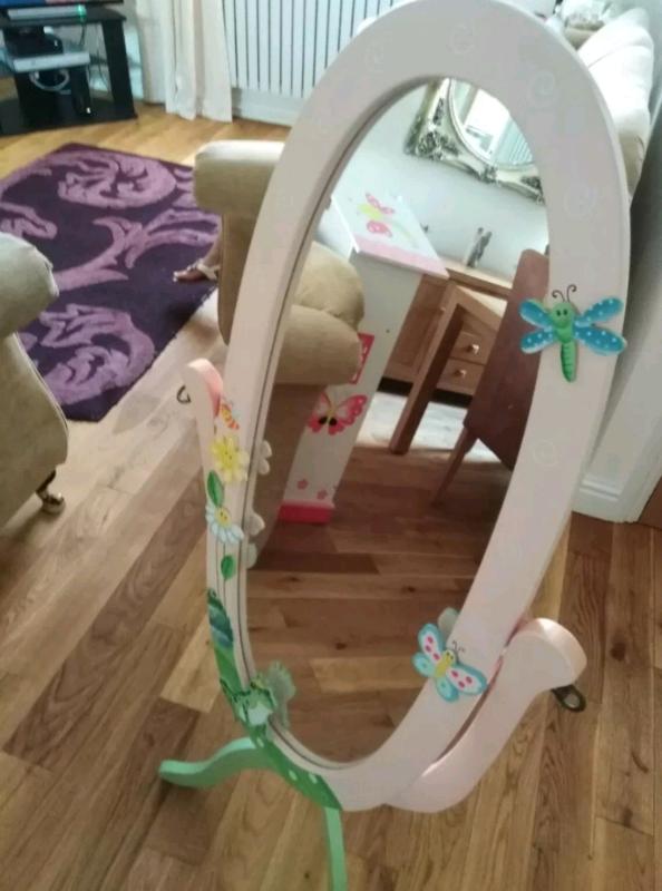 Girls bedroom mirror | in Neath, Neath Port Talbot | Gumtree