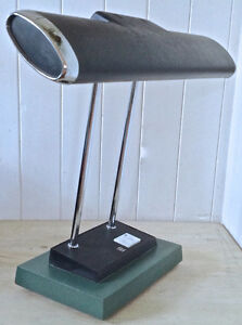 Vintage. Collection. Magnfique lampe de bureau. Industriel L
