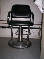 Salon Hair Station with Chairs Sale