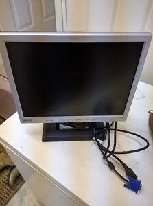 Écran d'ordinateur Benq FP531 15po