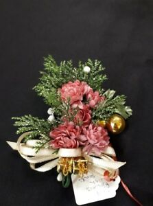 Pink Flowers with Gold Tone Presents
