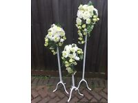 WEDDING/OUTDOOR EVENT FLOWER DISPLAY WITH METAL STANDS