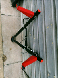 towbar mounting bike rack like new condition Can deliver or post!
