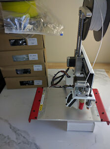 3d Printer bot Simple with heated bed (with PLA)