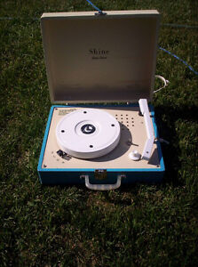 records and record player that can play speeds 16,33,45, and 78