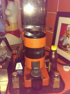 Machine Espresso - Espresso Machine 220v USAGÉ/USED (NEGOCIABLE)