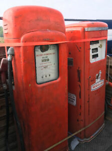 SELLING GAS PUMPS, SIGNS, ADVERTISING AT HIGH RIVER SWAP MEET