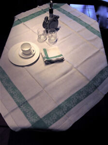 Vtg Linen Table Cloth White with Green + 6 Napkins $25.00