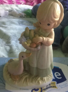 Precious moments Figurine He graces the earth with his abundance