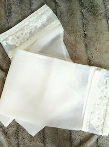 Ivory Vintage Wedding Shawl with delicate beaded appliqué