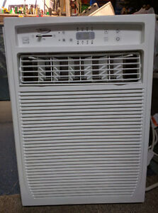 8000BTU Whirlpool Window Air Conditioner