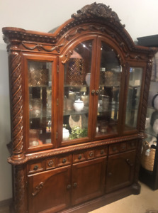 Luxury Dining Room Set (8 Chairs, Table & China Hutch)