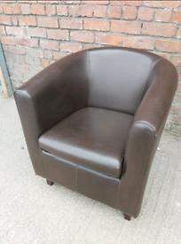 Tub Chair - Quality Comfy Dark Brown Leather Tub Chair. Good Condition
