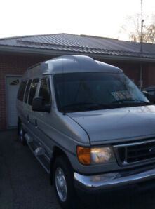 2007 Ford E 350 Mobility Van