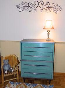 Vintage Retro Refinished 4 Drawer Dresser