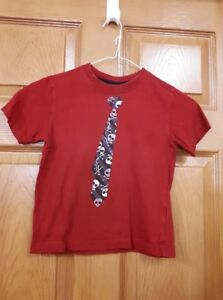 Boy's Red T-Shirt with Skull Tie Size: 4