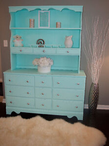 dresser and hutch