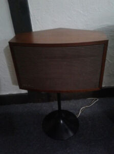 BOSE 901 Continental Series 2 + equalizer