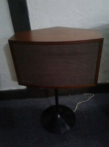 BOSE 901 Continental speakers