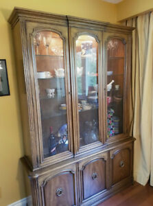 Beautiful Vintage China Cabinet / Hutch