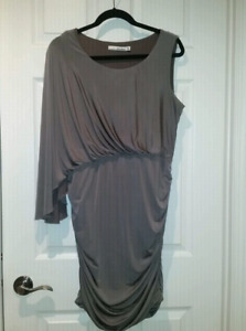 Robe couleur Champage taille 16