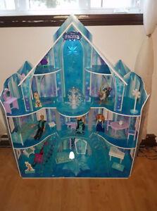 maison de la reine des neiges