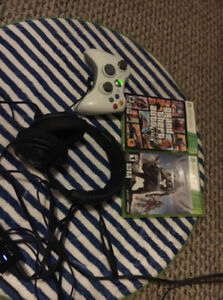 Xbox 360 (Turtle Beach Headset, Controller, 2 Games Included!)