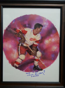 Rare NHL Canada Post pic signed by Hockey Hall of fame player