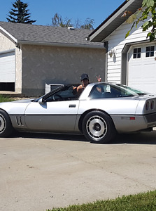 1985 corvette $3600 weekend special!