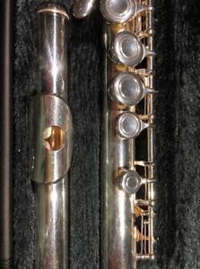 Flûte traversière Yamaha modèle 221