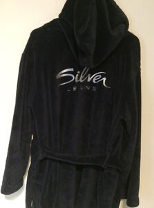Silver jeans bath robe Peterborough Peterborough Area image 1