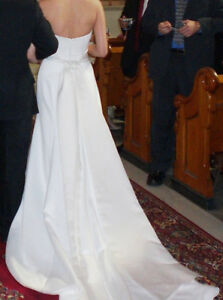Used wedding dress in mint condition for sale Gatineau Ottawa / Gatineau Area image 3