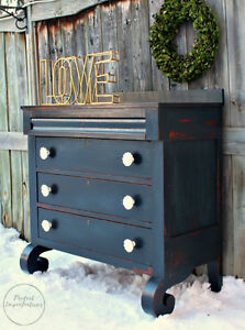 Beautifully restyled dresser with amazing floral knobs