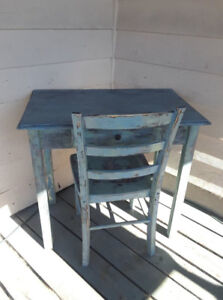 Stunning and functional shabby chic desk and chair sturdy solid