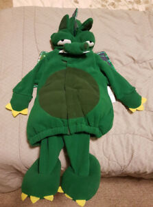 old navy 2pc dragon costume - 6-12 months EUC