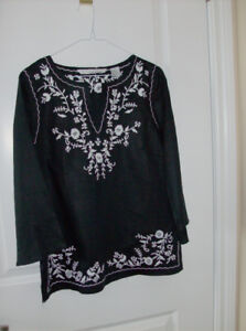4 Pc. Womens Wear - Med - Sweater, Top, Bolaro, Blouse