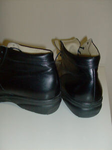 Ankle Boots - Berkemann Black Leather Superior Quality Oakville / Halton Region Toronto (GTA) image 3