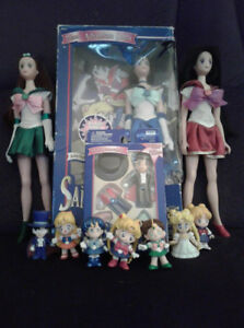Sailor moon doll and toy lot