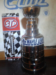 STANLEY CUP AND STP THERMOMETER SIGN