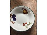 Royal Worcester Evesham Vale Crockery (Desert Bowls + plates + tea cups)