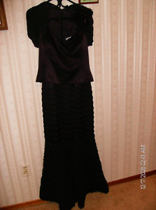 DAYMOUR COUTURE GOWN WITH SUITABLE SHOES AND PURSE