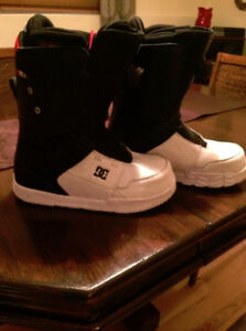 DC Bottes Plance a Neige Snowboard Boots 10