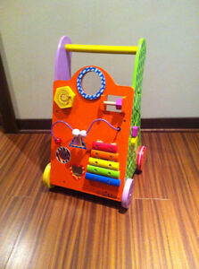 EICHHORN WOODEN ACTIVITY WALKER